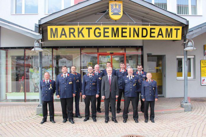 Arnoldsteiner Feuerwehren unter neuen Kommandos